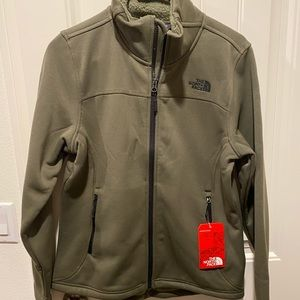 North Face women's timber full zip